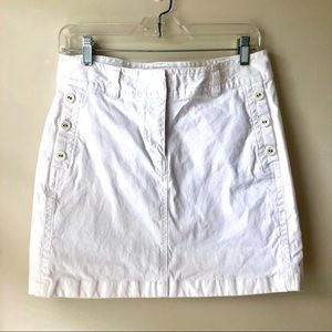 Vineyard Vines White Miniskirt in Size 6